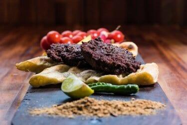 احلي طريقة لعمل لحم الربيع الحار المشوى